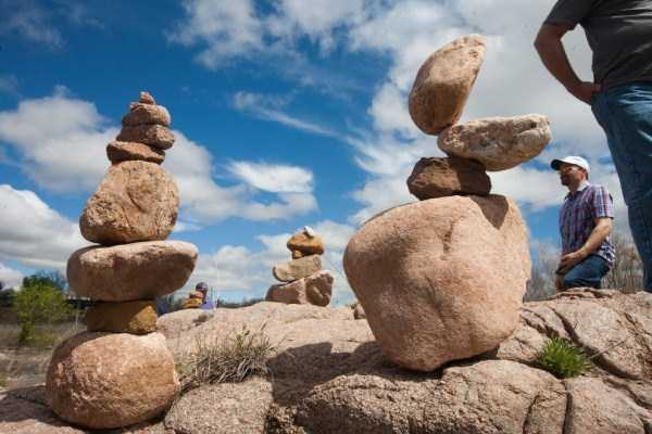 Rock-Stacking-World-Championship (3)