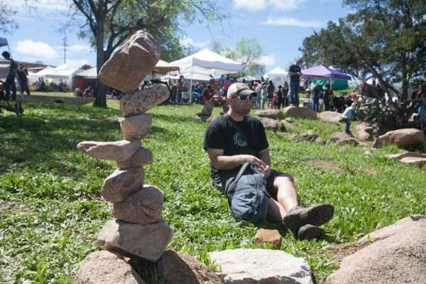 Rock-Stacking-World-Championship (6)