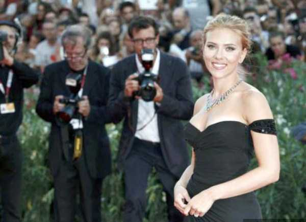 Scarlett-Johansson-hot-pictures (25)