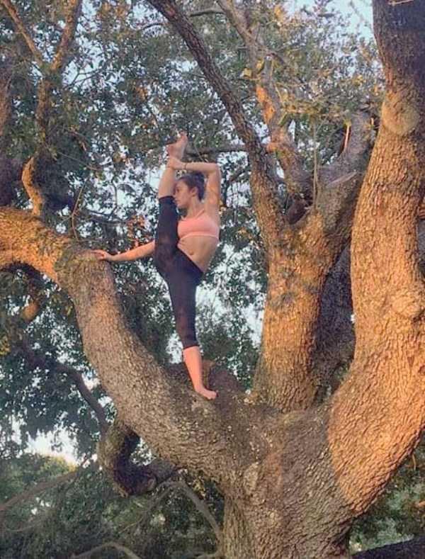 bendy-flexible-girls (21)