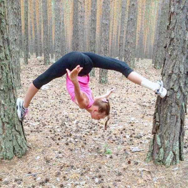 bendy-flexible-girls (22)