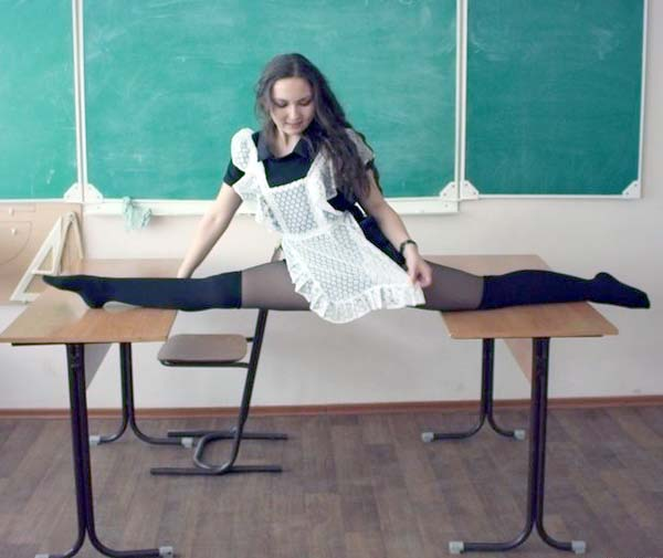 bendy-flexible-girls (28)