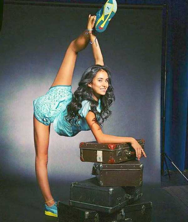 bendy-flexible-girls (8)
