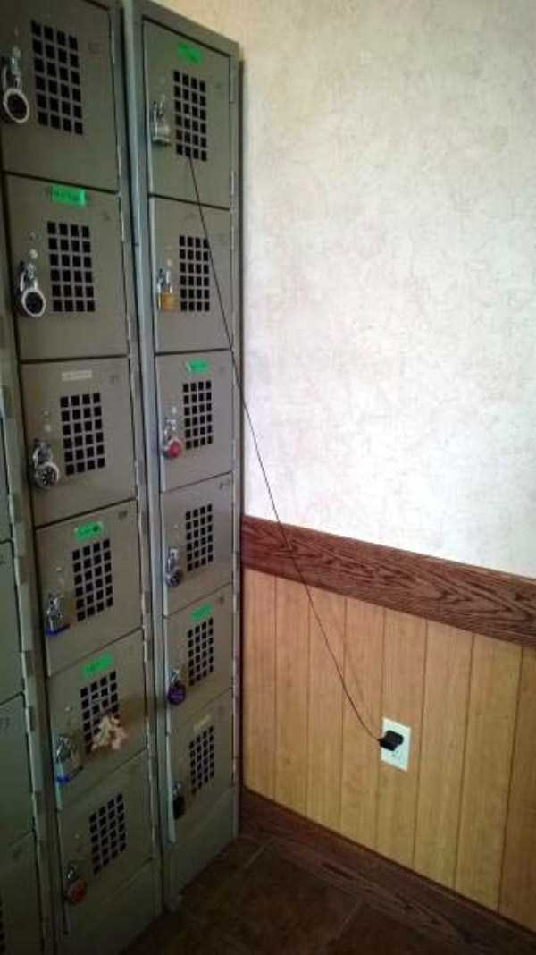funny-charging-mobile-phone (3)