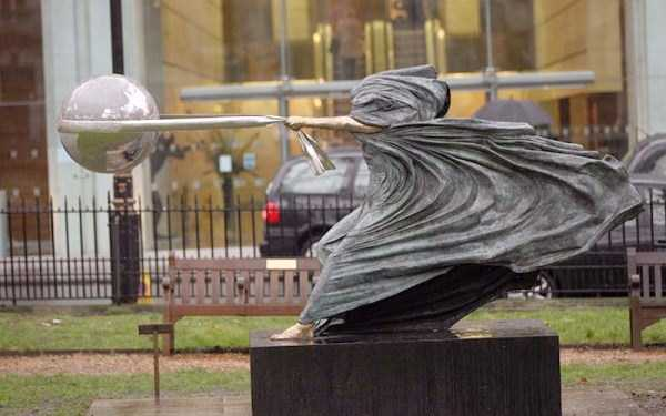gravity-defying-sculptures (14)