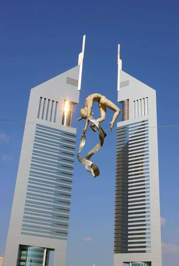 gravity-defying-sculptures (20)
