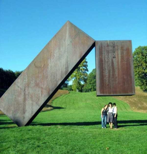 gravity-defying-sculptures (7)