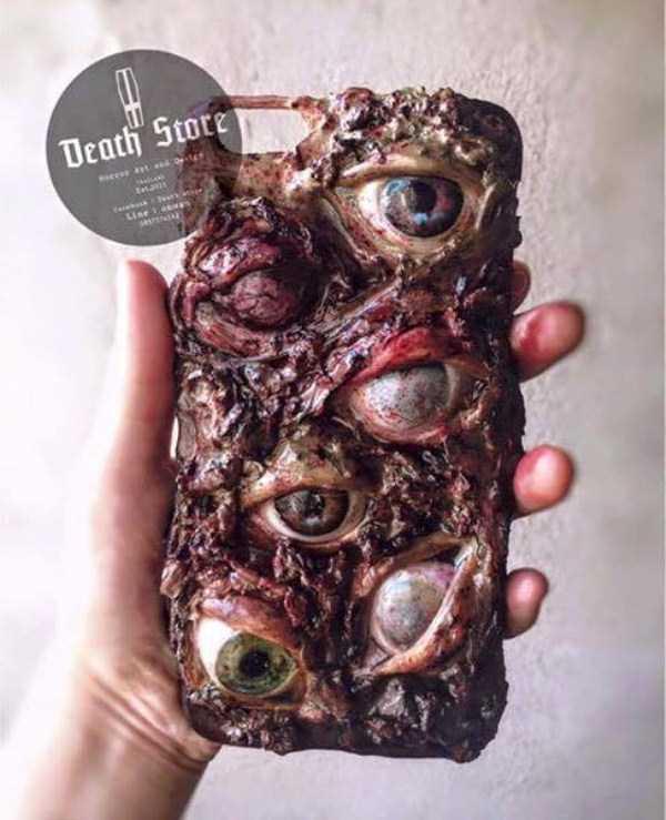 horror-phone-cases (1)