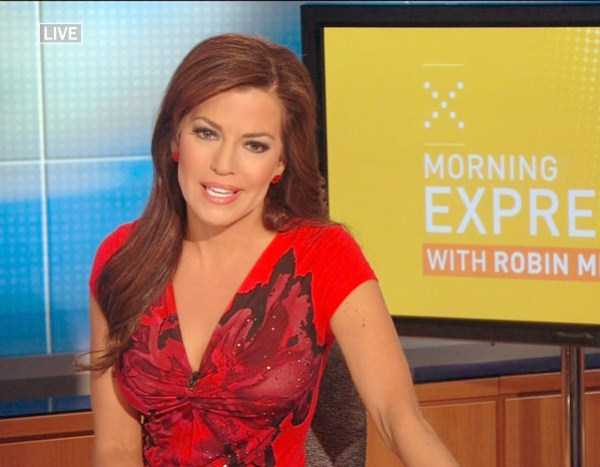 hot-sexy-female-tv-news-anchors (10)
