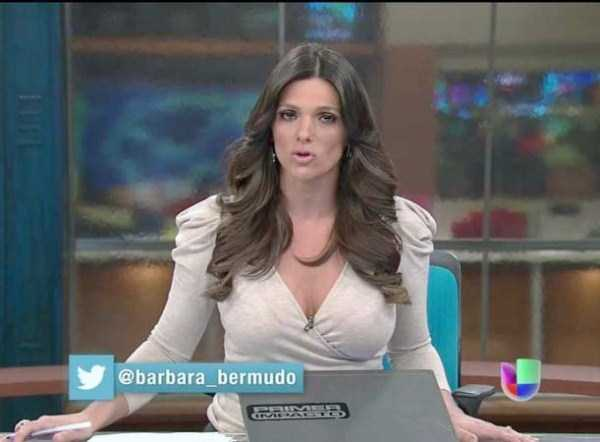 hot-sexy-female-tv-news-anchors (7)