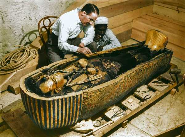 king-tut-tomb-color-pics (5)