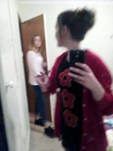 people-caught-taking-selfies (14)