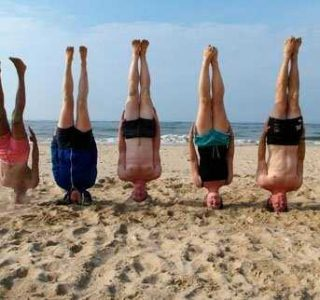 People Standing On Their Heads For No Special Reason (30 photos)