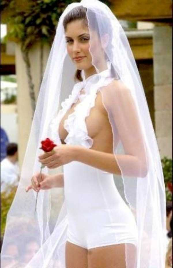 bad-wedding-dresses (14)