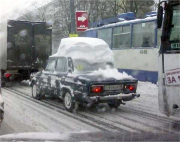 cars-covered-with-snow (14)