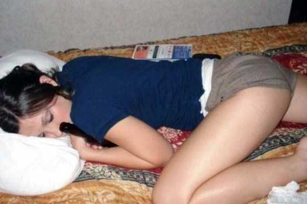 hot-girls-sleeping (29)