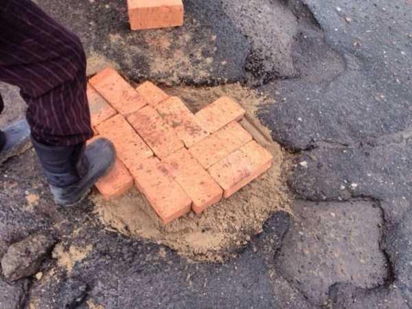 repairing-potholes-in-russia (4)