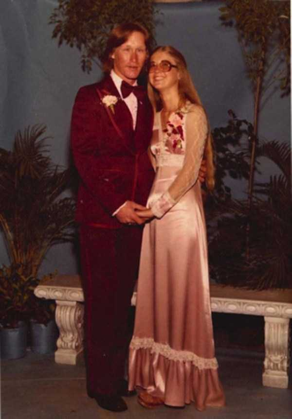 bad-retro-prom-photos (11)
