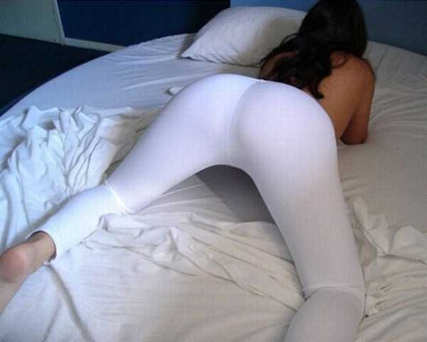 hot-girls-in-yoga-pants (12)