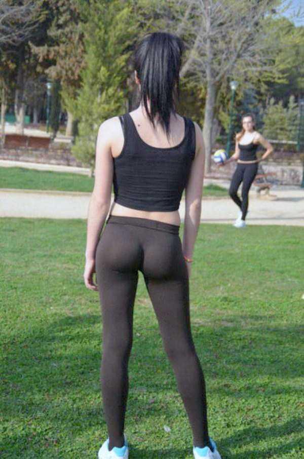 hot-girls-in-yoga-pants (2)
