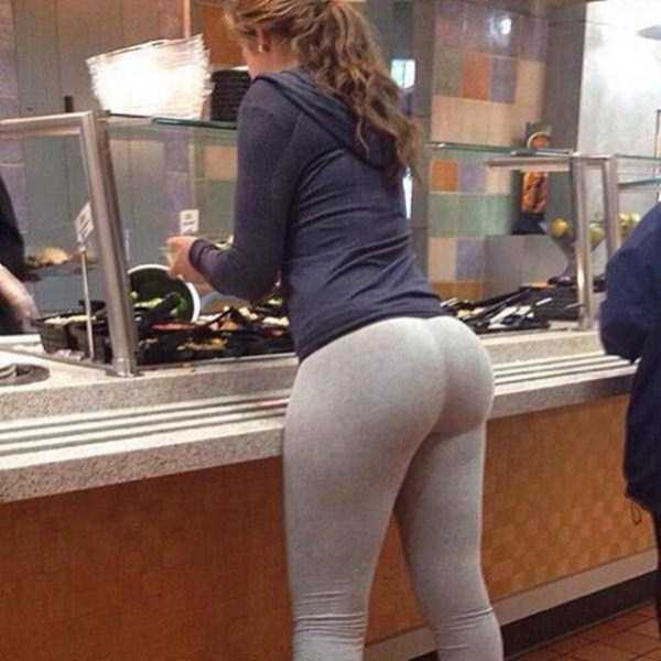 hot-girls-in-yoga-pants (29)