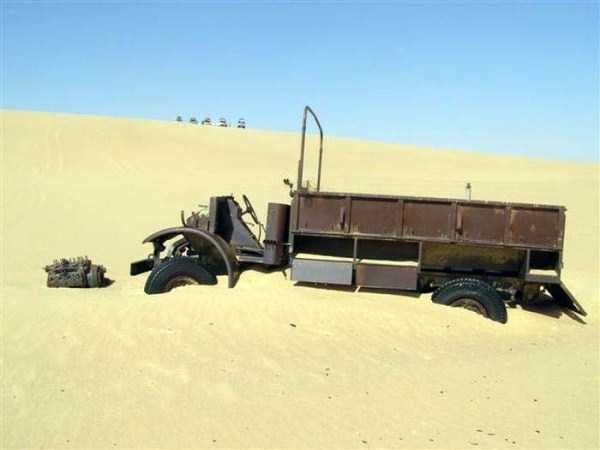 army-vehicle-egyptan-desert (13)