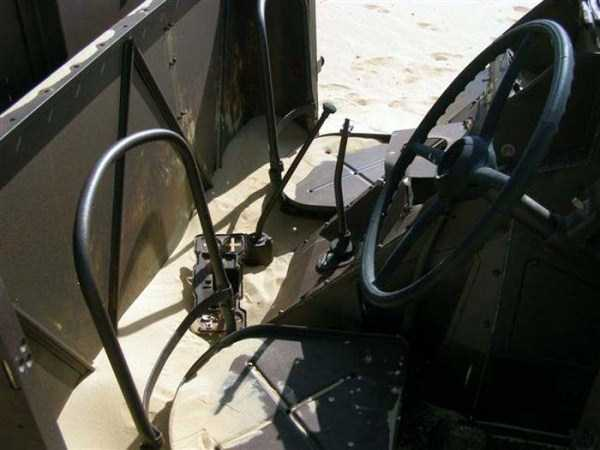 army-vehicle-egyptan-desert (3)