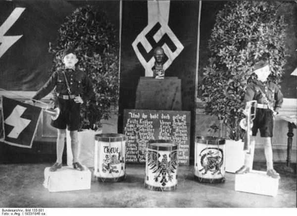 children-in-nazi-germany (12)