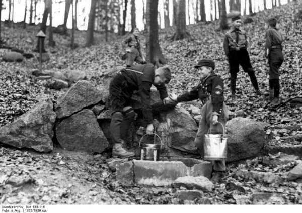 children-in-nazi-germany (13)