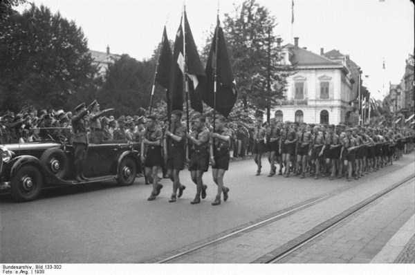 children-in-nazi-germany (16)