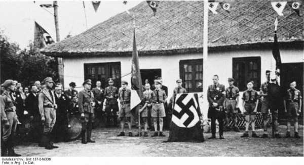 children-in-nazi-germany (24)