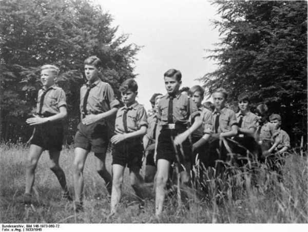 children-in-nazi-germany (25)