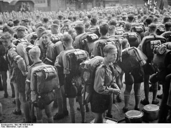 children-in-nazi-germany (28)