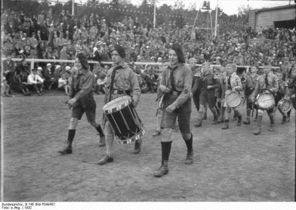 children-in-nazi-germany (3)