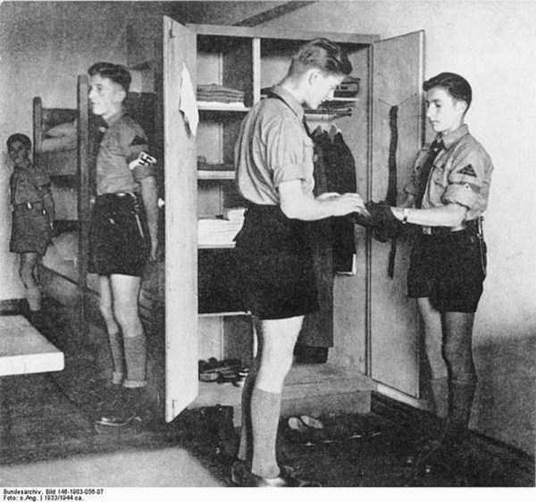children-in-nazi-germany (34)