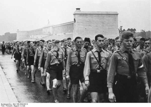 children-in-nazi-germany (36)