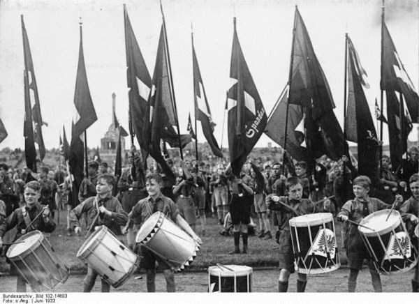 children-in-nazi-germany (4)