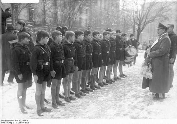 children-in-nazi-germany (47)