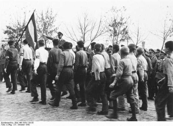 children-in-nazi-germany (49)
