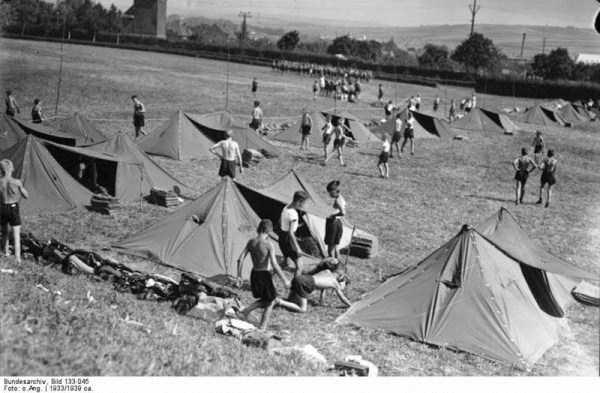 children-in-nazi-germany (8)
