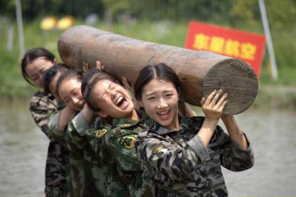 china-stewardesses-training (17)