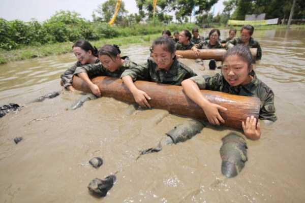 china-stewardesses-training (20)