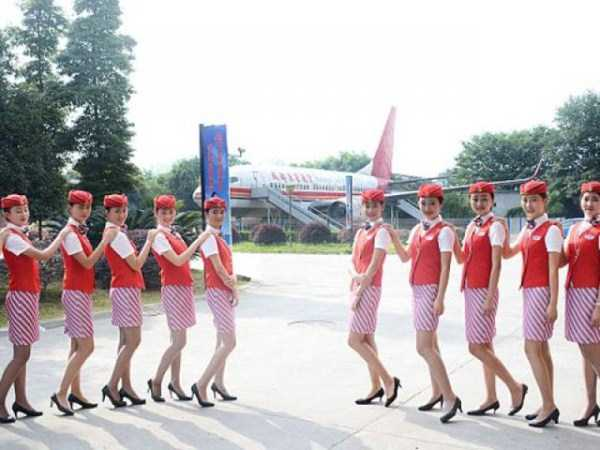 china-stewardesses-training (4)