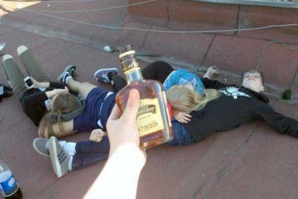 drunk-teenagers-in-russia (5)