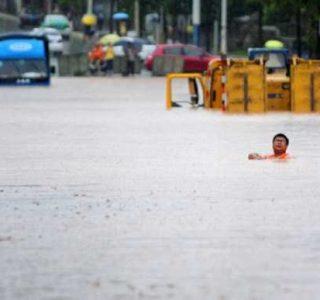 Heavy Floods in China (15 photos)