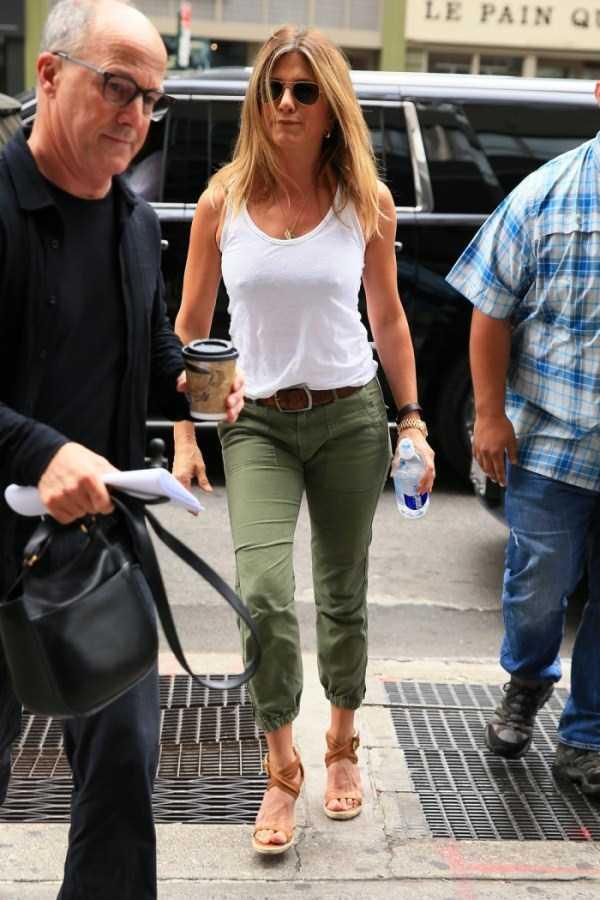 hot-Jennifer-Aniston (12)