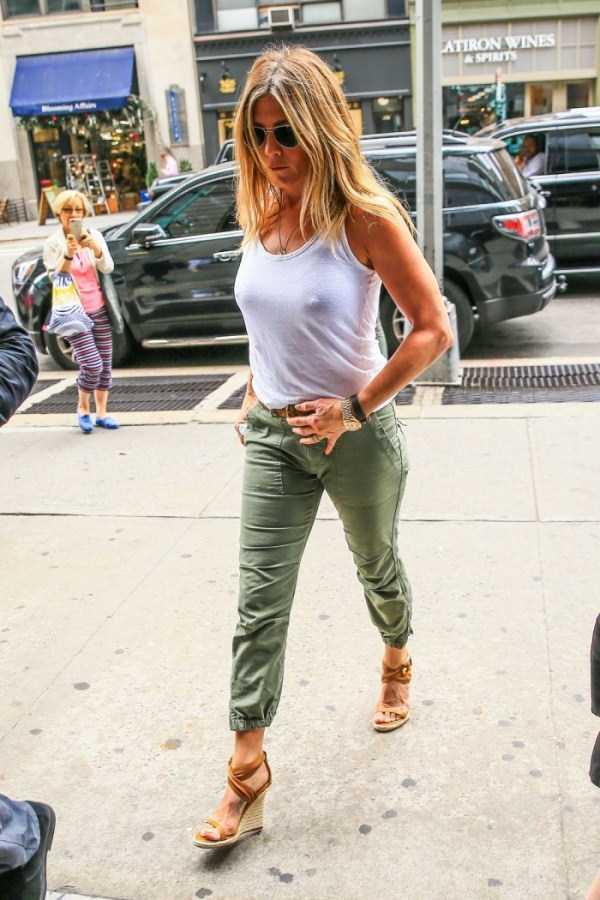 hot-Jennifer-Aniston (13)