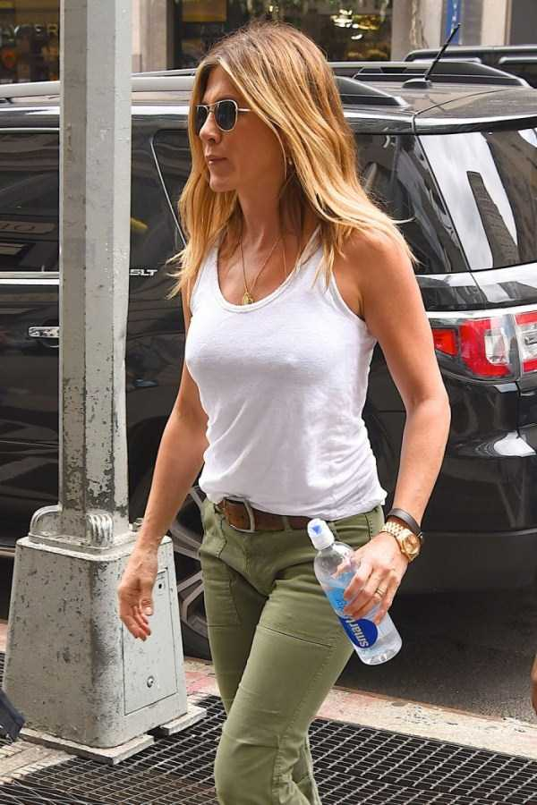 hot-Jennifer-Aniston (14)