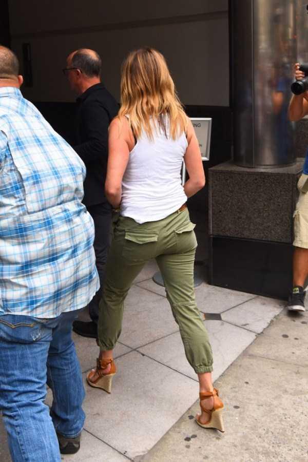 hot-Jennifer-Aniston (18)