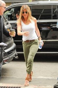 hot-Jennifer-Aniston (4)